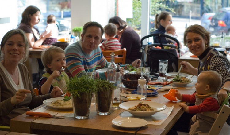 family restaurants Oxford