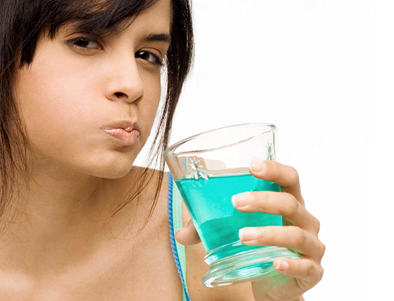 Importance Of Using Mouth Wash and Its Benefits