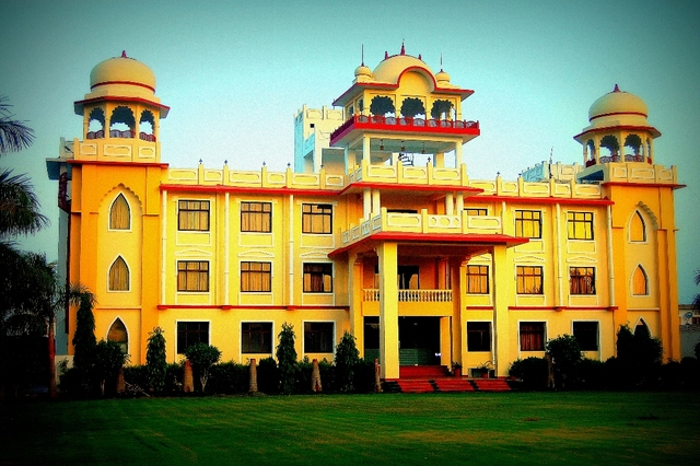 Bhilwara- The Textile City Calls For A Historic Holiday