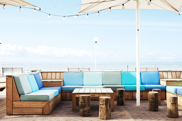 Quality Outdoor Furniture Can Do Wonders For Your Restaurant or Bar