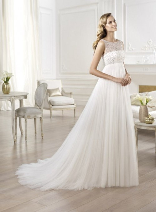 The Perfect Vintage Combination: Wedding Dresses and Hair Styles