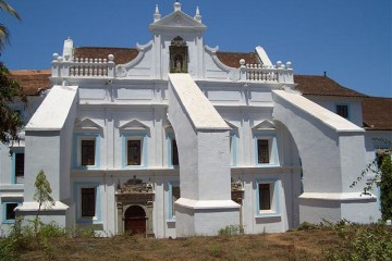 3 Historical Churches To Explore With Goa Family Packages