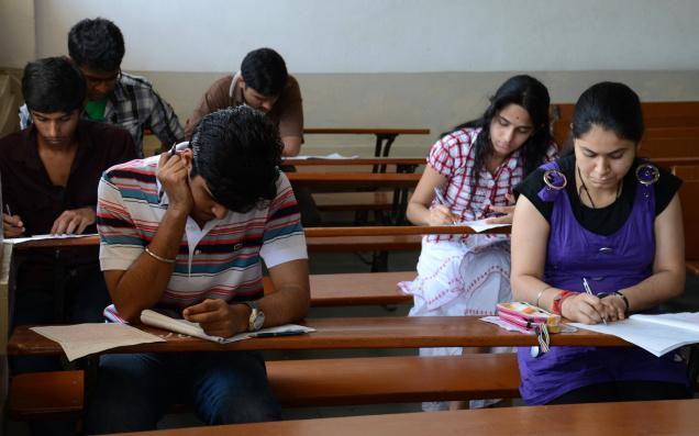 Best Practice Tips For The IIT JEE Examination To Place In Best IIT Colleges In India