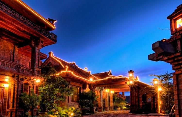 Vietnam travel Package