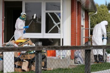 7 Reasons To Hire Specialists In Decontamination Before Selling An Old Home